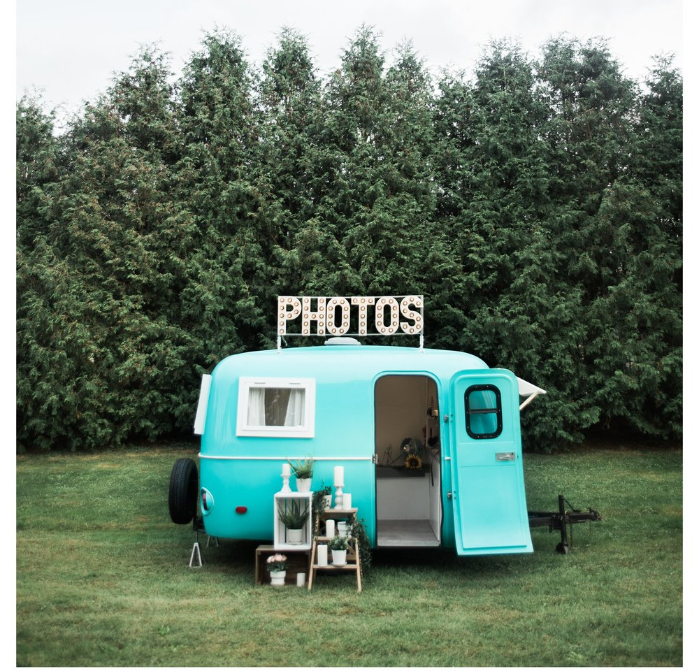 Snaptique Photo Booth Vintage